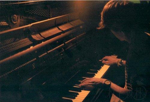 村上春树:专注的钢琴家-2014-01-06